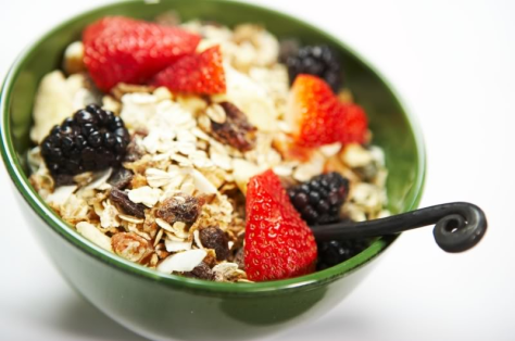 burnblognet-breakfast-muesli-fruits