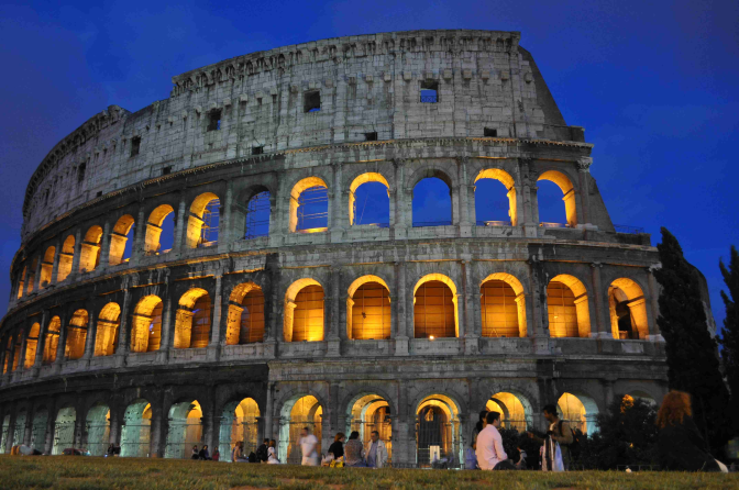 Facts about the Colosseum, one of the greatest buildings of Ancient Rome.