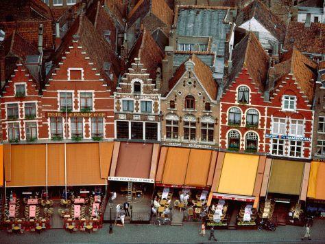 Grote_Market_Brugge_Belgiu