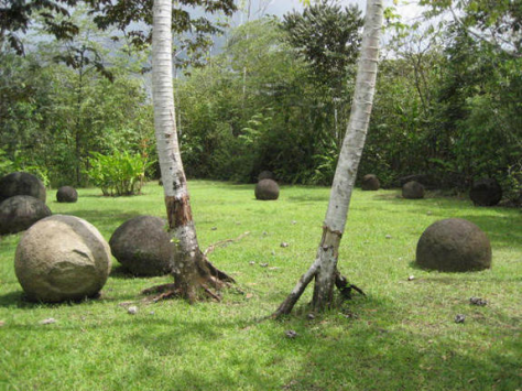 Mysterious-Stone-Spheres-of-Costa-Rica_photo_medium